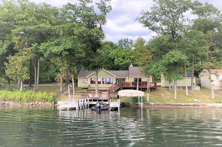 WAKE & LAKE Cottage - Book Your Summer Vacation!