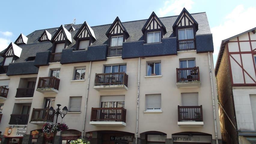 Bagnoles-de-l'Orne-Normandie : Studio plein centre