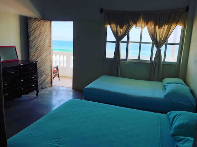 Room in front of the sea/ the best view!!!