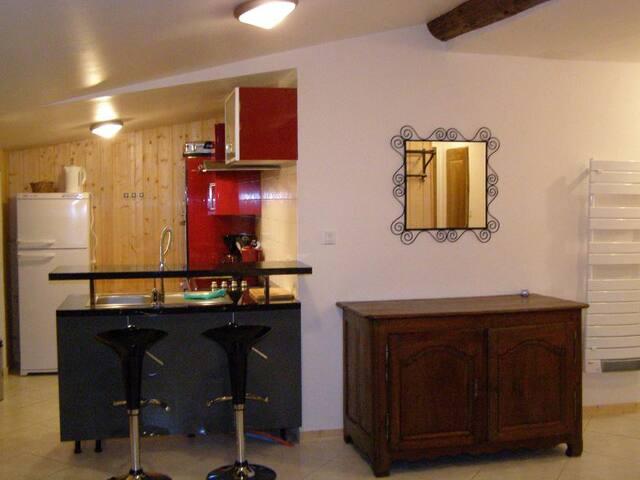 APPARTEMENT 8 PERSONNES - ORELLE VAL THORENSS - Orelle - Appartement
