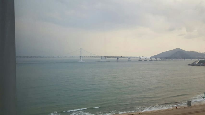 Jiny's High Beach View Room - Suyeong-gu - Daire