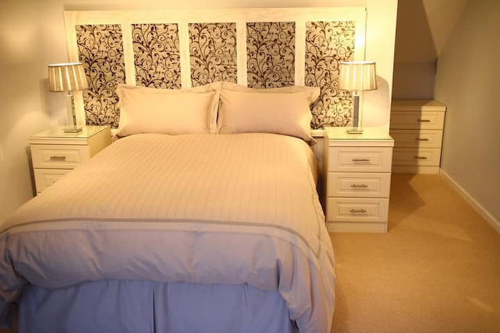 Convenient, Clean and Comfortable Bedroom Ensuite