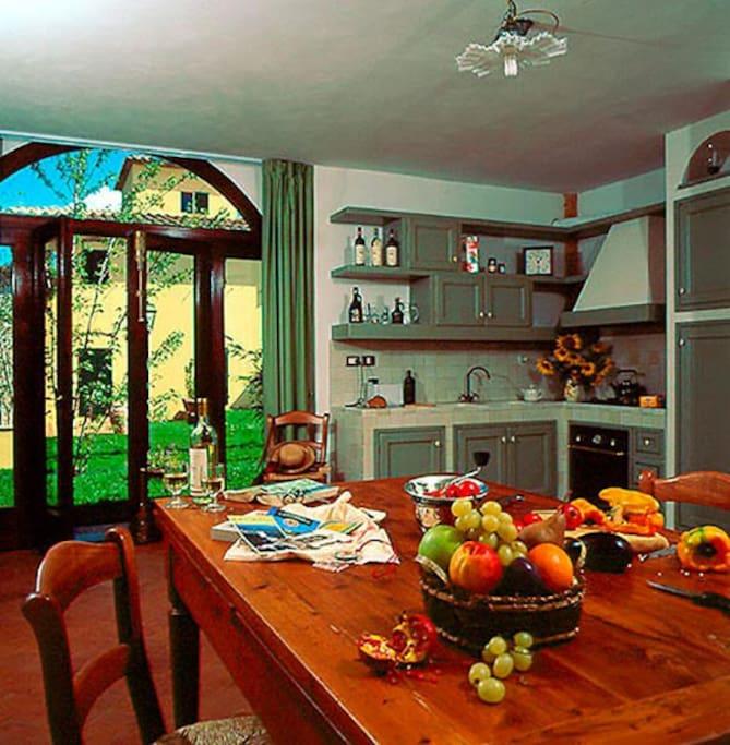 Agriturismo tenuta moriano appartamento fienile for Piani casa fienile