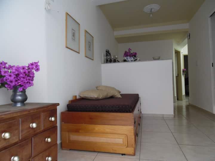 Apartamento térreo 02 Centro garagem no local