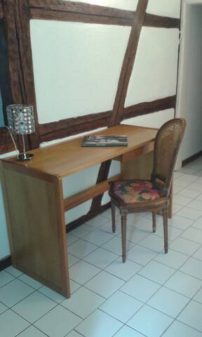 Bureau, espace de travail