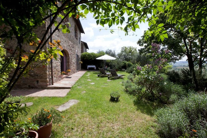 Tuscan Farmhouse near Florence view - Scandicci - Huoneisto