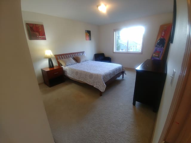 3rd Bedroom Equipped with a Queen Size Bed..