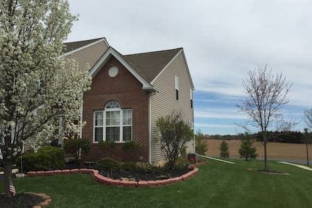 Beautiful Twin House Lehigh valley - Macungie