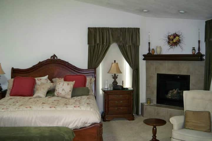 Spacious Master Suite- lower level