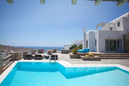'Villa Psarou R' , 5 bedrooms, view of Psarou bay - Psarrou - Villa