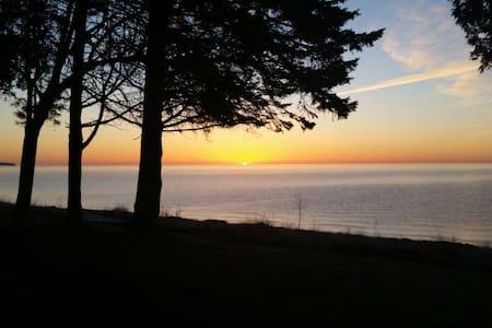 On the shore of Lake Michigan - Sturgeon Bay - 独立屋