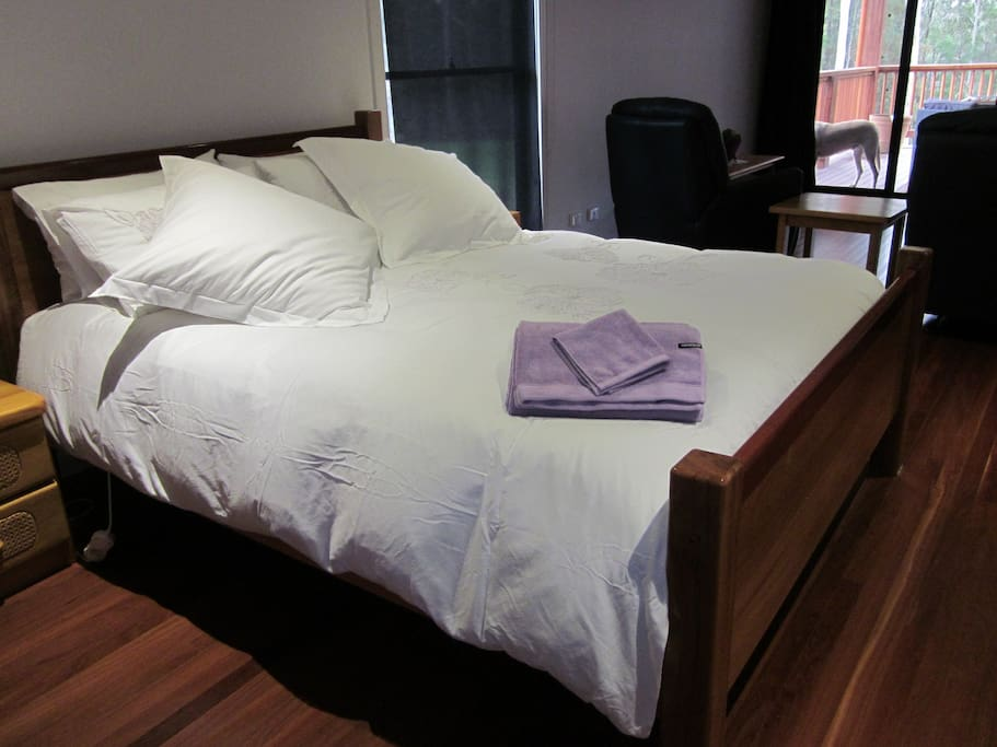 Our guests love the luxurious  very comfy bed,