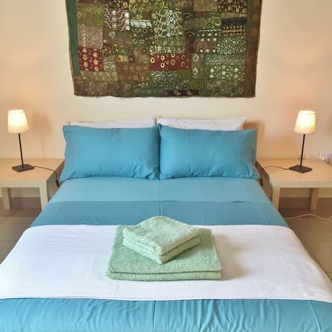Clean, Spacious Room with Bathroom - Dubai - Lägenhet