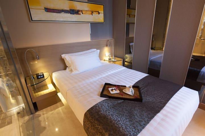 酒店式公寓(含自助早餐) 適合週末度假購物  Nice Serviced Apmt - Hong Kong - Bed & Breakfast