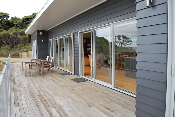Medlandsview Beach House, Medlands - Great Barrier Island - House