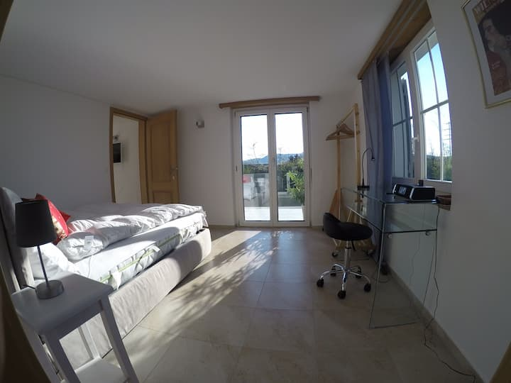 1 bed room apartment with terrace