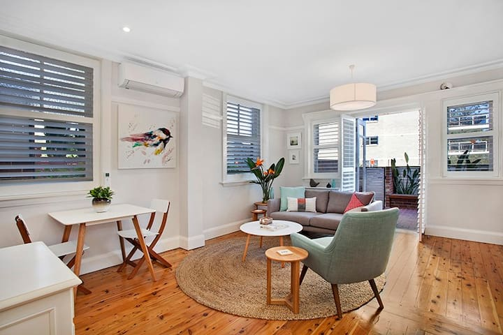 Manly great 1 bedder opposite water - Manly - Apartment