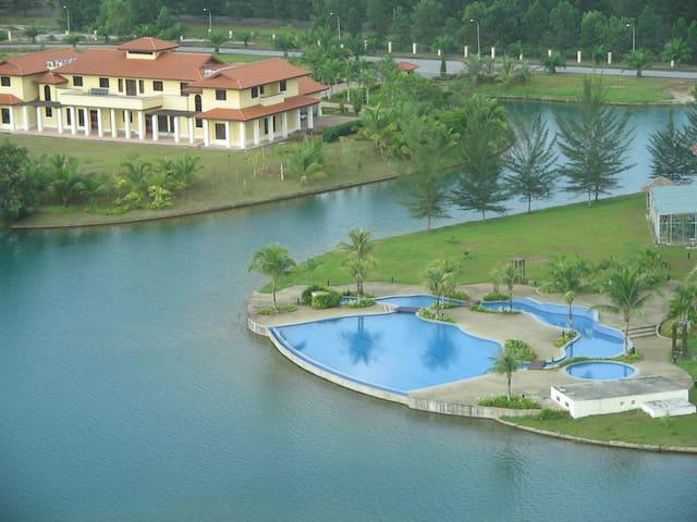Condo with Scenic Lake/Mt/Golf Course views