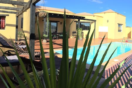 Rural Villa+Pool+Wifi in Lajares - - Lajares