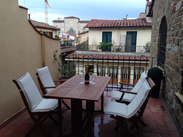 Ponte Vecchio Terrace - Firenze - Apartment
