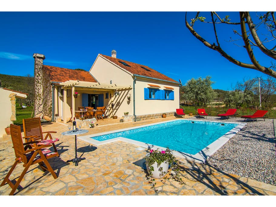 Villa Romansa: private pool 7*4m,