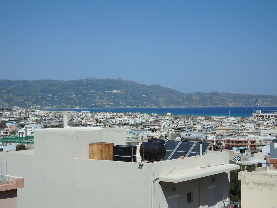 θέα πο το μπαλκόνι