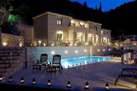 See Lefkas sea view apt shared pool - Lefkada - Pis