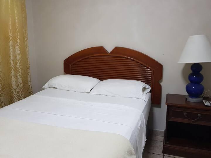 Hotel California, Oranjestad - RDB3
