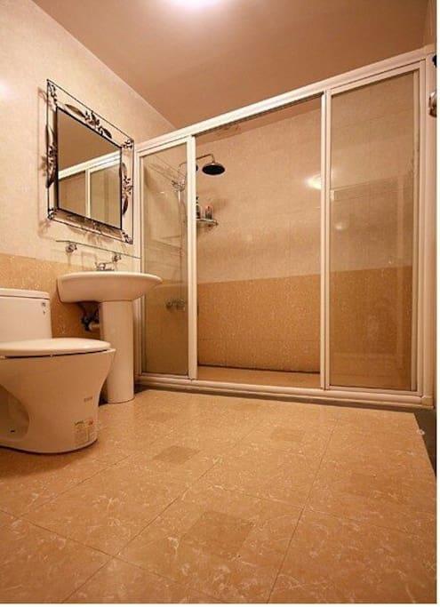 乾濕分離衛浴設備