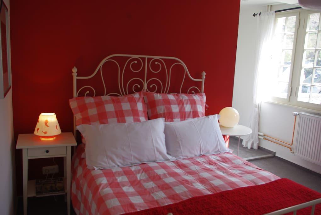 Ein romantisches Doppelbett
