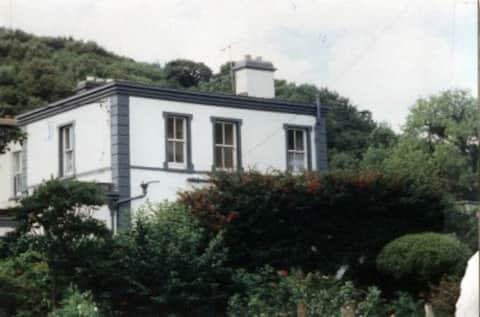 The Lighthouse Clifden Bay