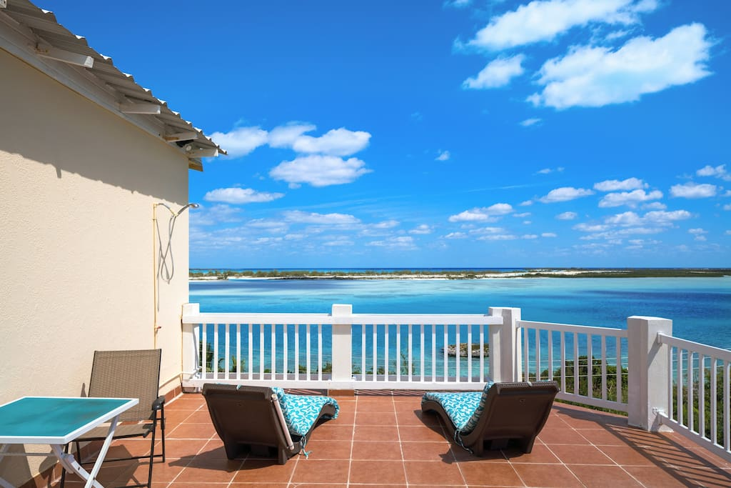 Your balcony overlooking the marine park a short Kayak paddle away