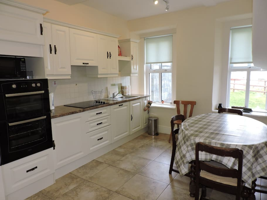 Fully fitted kitchen for cooking and entertaining