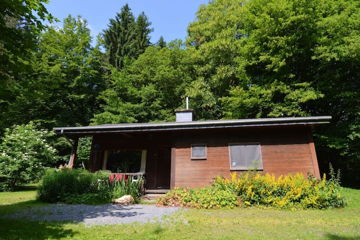 detached chalet in lovely hiking region.