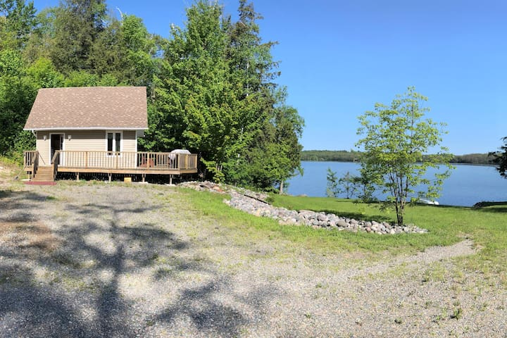 Waterfront Cabin on Clear Lake - Huron Shores ON
