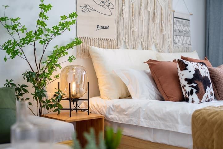 【森宿/太华】设计师|摩洛哥北欧|巨幕投影|红旗广场|近大润发|方特直达|火车站|高铁站|可短租