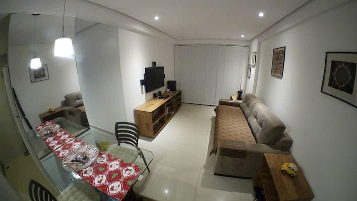 Ap. 2 quartos em Manaíra,  andar alto.