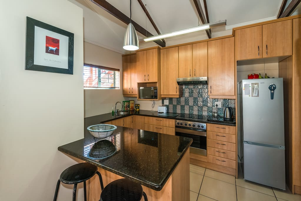 Deluxe Apartment: Fully equipped kitchen