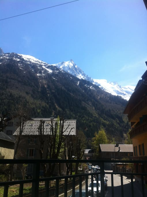 the view over the Mont-Blanc from the balcony
