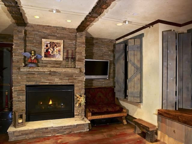 remodeled condo in vail village