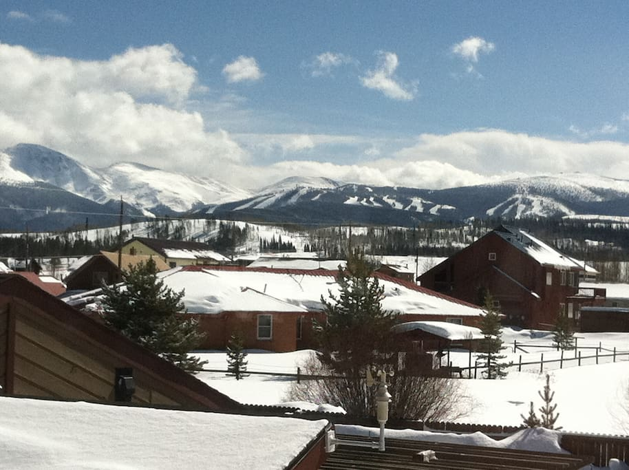 Mountain Retreat: Our southern view of Winter Park