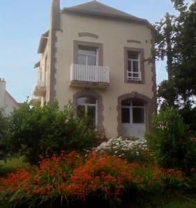Maison Famille, 8 p, prox mer, port - Roscanvel - Ev
