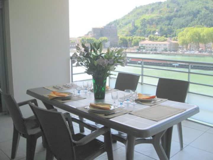 Appartement neuf au bord du Rhône