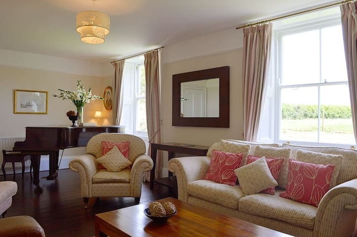 The Mill House - Brighstone