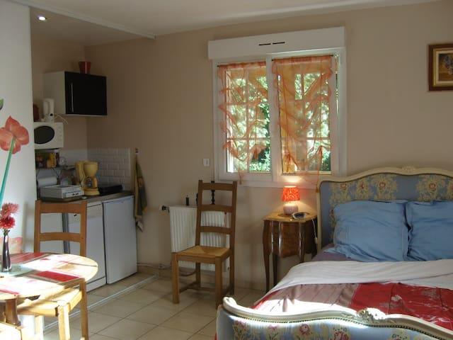 Mini-gîte des sites du débarquement - Thaon - Apartment