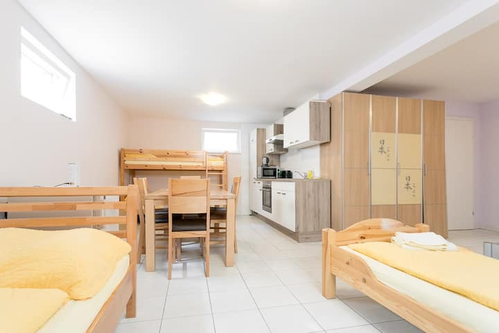 Apartment L14 for up to 5 people with free parking