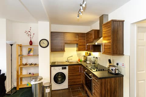 Modern apartment  close to Durham
