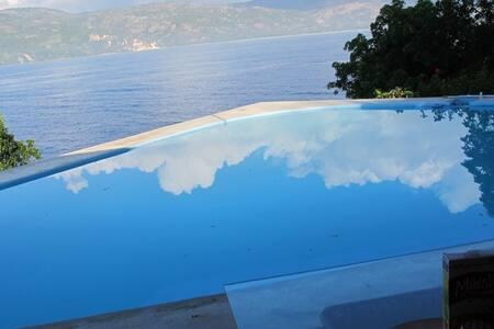 Oceanview Villa   .