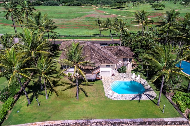 Honu Lani - Oceanfront Home with Pool and Amazing Views!