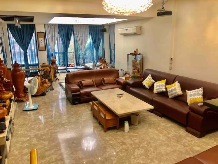 大灣交流道3+4樓3個房間6-9人住宿空間